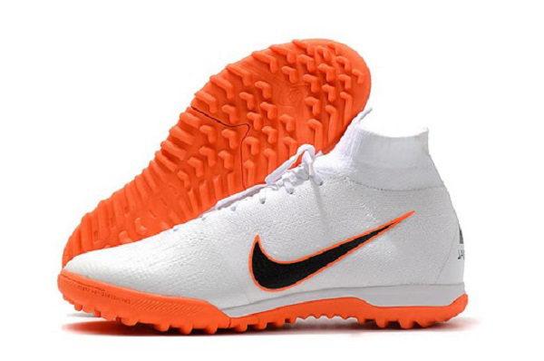 Phân biệt giày đá bóng Nike chính hãng